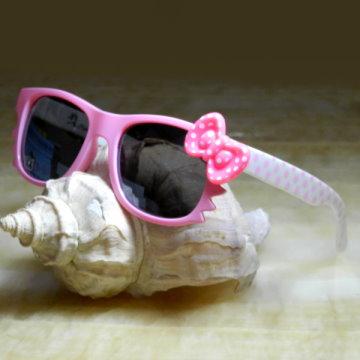 【Hawk eyes】一級光學抗UV400太陽眼鏡-K018a粉紅圓點蝴蝶結