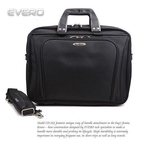 【EVERO】 都會經典時尚黑15吋電腦包/公事包/側背包